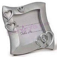 Lugar armação cartão quadro do casamento      http://pt.aliexpress.com/store/product/60pcs-Black-Damask-Flourish-Turquoise-Tapestry-Favor-Boxes-BETER-TH013-http-shop72795737-taobao-com/926099_1226860165.html   #presentesdecasamento#festa #presentesdopartido #amor #caixadedoces     #noiva #damasdehonra #presentenupcial #Casamento
