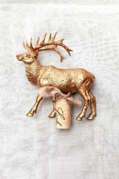DIY reindeer wine stopper: http://www.stylemepretty.com/living/2014/12/04/diy-holiday-hostess-gift-from-pier-1-imports/