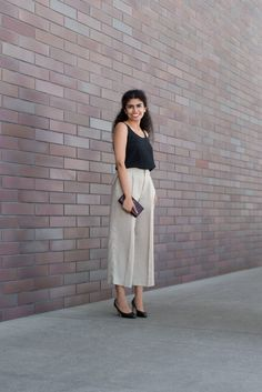 SHENTONISTA: Little Luxuries. Shash, Recruiting. Top & Pants from Club Monaco, Shoes from Salvatore Ferragamo, Wallet from Yves Saint Laurent, Earrings from MIKIMOTO. #shentonista #theuniform #singapore #fashion #streetystyle #style #ootd #sgootd #ootdsg #wiwt #popular #people #male #female #womenswear #menswear #sgstyle #cbd #ClubMonaco #SalvatoreFerragamo #YvesSaintLaurent #MIKIMOTO