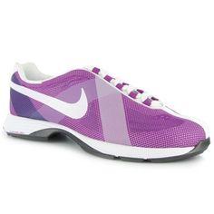 Nike lunar summer golf shoe Womens Golf Wear, Golf Stuff, Nike Lunar, Golf Fashion, Nike Outfits, Nike Golf, Hot Shoes, Ladies Golf, Sports Equipment