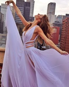 - Chiffon Bodenlange Abendkleider Ballkleider … Chiffon Floor Length Evening Dresses Ball Gowns More - Sexy Dresses, Prom Dresses 2018, Dresses For Teens, Pretty Dresses, Beautiful Dresses, Formal Dresses, Dress Prom, Long Dresses, Chiffon Dresses
