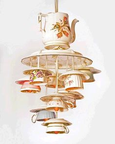 teacup chandlier | Dishfunctional Designs: My Cup Of Tea - Teacup Crafts & Home Decor