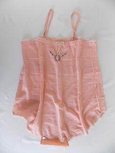 Vtg 30's 40's Pink Silk Teddi Camisole Lingerie | eBay Vintage Corset, Vintage Lingerie, Waist Cincher, Chantilly Lace, Pink Silk, Corsets, Bedtime, Night Gown, Hosiery