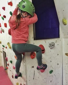 Took the girls #climbing to @farpeakclimbing. I used to climb a lot at school thinking I might start again! Tallulah made it to the top #spidergirl #christmas2015 #mycrazygirls #familytime #iphone #snapseed #climbing #girlswhoclimb