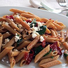 Our Mediterranean penne with sundried tomatoes is one of the healthiest pasta dishes you can find. If you love pasta, but you want to make it as healthy as possible, our penne with sun dried tomatoes is a great choice.