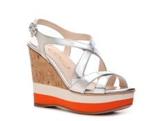 http://topwomensshoes.net/images/201203/img/258986_040_ss_01.jpg