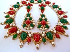 Sold - Vintage 1960s Crown Trifari Kashmir Huge Pendant Earrings & Collar Necklace Set   eBay
