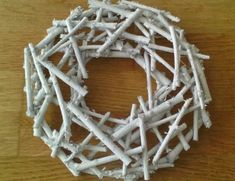 Driftwood Wreath, Things To Do, Wreaths, Home Decor, Wheels, Noel, Things To Doodle, Homemade Home Decor, Things To Make