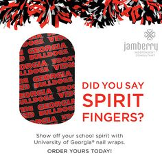 Licensed nail art to show off you school spirit!   #basketball #marchmadness #football University of Georgia Go Bulldogs