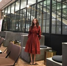 @mejiwoo103 Korea Fashion, Diva Fashion, Lolita Fashion, Fashion 2020, Fashion Design, Fashion Ideas, Formal Skirt, Ulzzang Fashion, Korean Outfits