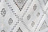Detalj av gamal forklebord i hardangersaum. Saumen er sydd direkte i forkle, ikkje innfelt slik det er vanleg no, foto: Elisabeth Emmerhoff