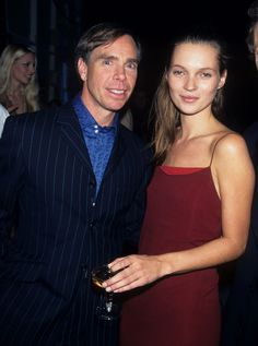 Tommy Hilfiger et Kate Moss aux Fashion and Music awards à New York, le 3 décembre 1995