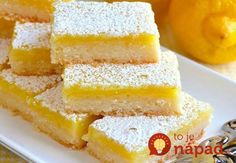 These Classic Lemon Bars feature an easy homemade shortbread crust with a sweet and tangy lemon filling. This is the BEST lemon bar recipe, easy to make, and perfect for lemon lovers! Desserts For A Crowd, Summer Desserts, Easy Desserts, Mini Desserts, Health Desserts, Delicious Desserts, Dessert Simple, 2 Ingredient Lemon Bar Recipe, Homemade Shortbread