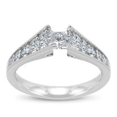 14K White Gold Ladies Engagement Ring With Round Diamonds