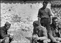 Gerda Taro - one of the first female war photographers covering the front lines. She died while covering the Spanish Civil War in 1937 at the Battle Brunete. Córdoba front. Republican army. July 1937.
