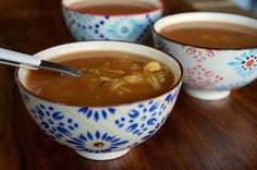 receta-sopa-harira-de-pollo-legumbres-y-verduras
