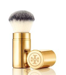 The Tory Burch face brush is an effortlessly chic way to apply bronzers, powders and blushes.