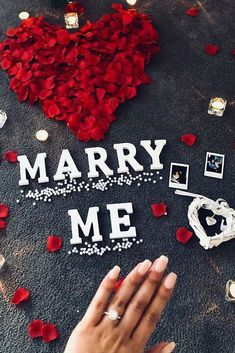 27 Unique Proposal Ideas For Unforgettable Pop The Question ❤ Unique proposal ideas include so many different ways for pop the question! You can choose one and only idea for you. It depends of what couple you are. Cute Proposal Ideas, Romantic Proposal, Proposal Photos, Perfect Proposal, Romantic Weddings, Best Proposals, Wedding Proposals, Marriage Proposals, Engagement Wedding Ring Sets