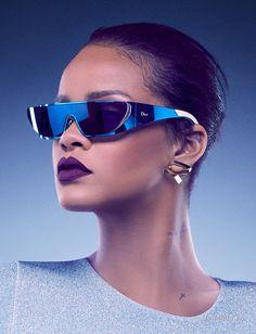 Модные новости: Рианна создала коллекцию очков для Dior