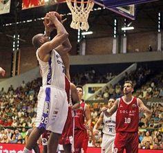 Blog Esportivo do Suíço: Shamell decide, Mogi vira no fim e vence o Basquete Cearense no NBB