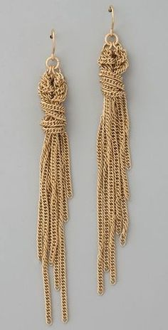 I love the unfinished look of these earrings. Also imagine teardrop shaped gemstones or CZs dangling off the ends of the chain in various sizes. Sam Patterson x samjpat x Tassel Jewelry, Diy Jewelry, Jewelry Accessories, Handmade Jewelry, Fashion Jewelry, Jewelry Design, Jewelry Making, Unique Jewelry, Opal Jewelry