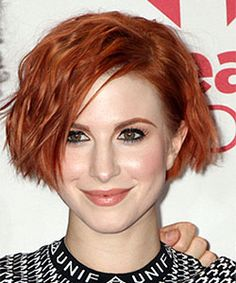 hayley williams with short wavy hairstyle in cheek-length bob haircut  - Music Festival Las Vegas 2014
