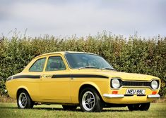 Classic Motors For Sale has classic cars for sale plus a selection of vintage cars from dealers and auctions in UK, US, and Europe. Classic Cars British, Ford Classic Cars, British Style, Escort Mk1, Ford Escort, My Dream Car, Dream Cars, Old Lorries, Classic Motors