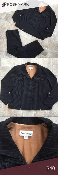 Danny & Nicole Pant Suit 20W Two peice pant suit  both pieces size 20w danny & nicole Jackets & Coats Blazers