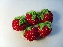 5 Erdbeeren  ♥ Rot mit weißen Punkten♥