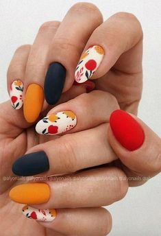 71 Fall Nail Designs to Fall in Love with: Fall Nails to Inspire Fall Nail Art Designs, Halloween Nail Designs, Acrylic Nail Designs, Halloween Nails, Fall Halloween, Sns Nail Designs, Cute Easy Nail Designs, Fruit Nail Designs, Creative Nail Designs