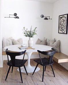 The Best Small Apartment Dining Room Ideas Dining Room Design Apartment Dining Ideas Room Small Dining Room Design, Dining Room Table, Corner Dining Nook, Built In Dining Room Seating, Dinning Nook, Kitchen Nook Table, Kitchen Dining, Dining Room Bench Seating, Corner Seating