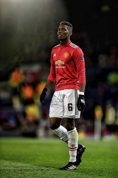 Soccer Tips. One of the greatest sports on this planet is soccer, also referred to as football in several countries. One Love Manchester United, Paul Pogba Manchester United, Manchester United Wallpaper, Manchester United Players, Major League Soccer, Football Players, Pogba Wallpapers, Messi, Man Utd Fc