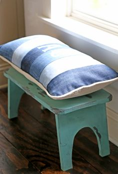 DIY - step stool in boy bedroom French Provincial Chair, Boys Bedroom Decor, Boy Bedrooms, Office Chair Without Wheels, Office Seating, Grey Room, Chair Makeover, Metal Chairs, Upholstered Chairs