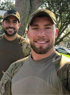 Uniform In Car: Archive Scruffy Men, Hairy Men, Bearded Men, Cute Country Boys, Hot Country Men, Beauty Army, Beautiful Men Faces, Hunks Men, Handsome Faces