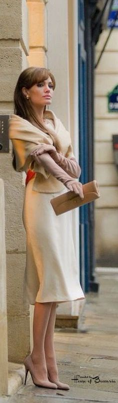 """~Angelina Jolie On The Set Of The Movie """"The Tourist"""" In Venice, Italy 