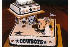if I could get away with it....this would be my wedding cake, and every birthday cake til I'm dead...