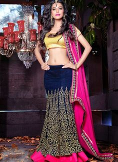 Charming Navy Blue Lehenga Choli #lehnga #wedding #bridal #shaadi #women #bride #LehengaCholi #ethnic #wear #desiwedding #asianclothes #bollywood #indian #trendz #indiantrendz
