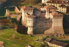 Castello di Soncino, Cremona, Italy. 45°24′00″N 9°52′00″E