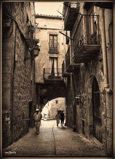 una meravella....Horta de Sant Joan, Tarragona Catalonia