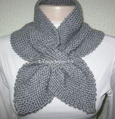 As golinhas estão com tudo em 2013! Eu particularmente adoro este modelo! Receita: Agulha 06. Eu usei o fio sedificada, mas pod... Chunky Knitting Patterns, Knit Patterns, Free Knitting, Crochet Blouse, Knit Crochet, Knitted Headband, Knitted Hats, Hand Knit Scarf, Clothes Crafts