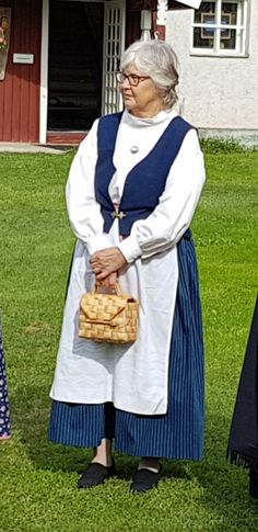 Kansallispuku National costume Finland Cottage Style, Finland, Southern Prep, Costumes, Fashion, Chalet Style, Moda, Dress Up Clothes, Fashion Styles