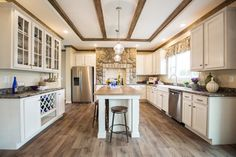 Browse through these beautiful pictures of mobile, modular and manufactured homes from one of America's top home builders at Clayton Homes. Remodeling Mobile Homes, Home Remodeling, Oakwood Homes, Manufactured Homes For Sale, Clayton Homes, Clayton Mobile Homes, Mobile Home Decorating, Modular Homes, Modular Home Plans