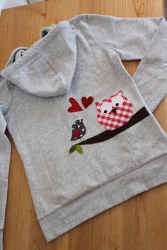"""Hoodies - Damen-Kapuzensweatshirt"""" Karo-Eule"""" in M - ein Designerstück von… Sewing Appliques, Applique Patterns, Applique Designs, Embroidery Applique, Embroidery Designs, Sewing Patterns, Sewing For Kids, Baby Sewing, Sewing Clothes"""
