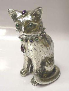 Silver cat match safe