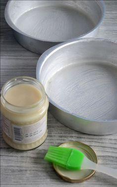 Homemade Pan Release / Goop