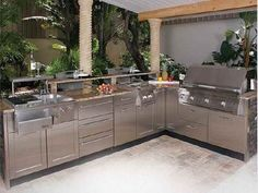 Effective Setting of Modular Outdoor Kitchens Models