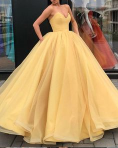 Sleeveless V Neck Yellow Organza Ball Gown Prom
