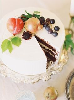 Chocolate wedding cake. Photo by Ciara Richardson Photography. www.wedsociety.com #wedding #cake #fall