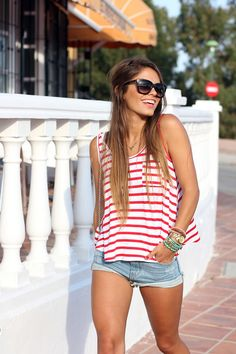 seams for a desire: red-short-stripes