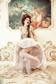 Fashion Photography - Vive la Reine by Maria Kirienko, via 500px